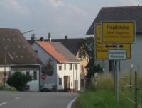 ortsschild eingang freiolsheim voelkersbach